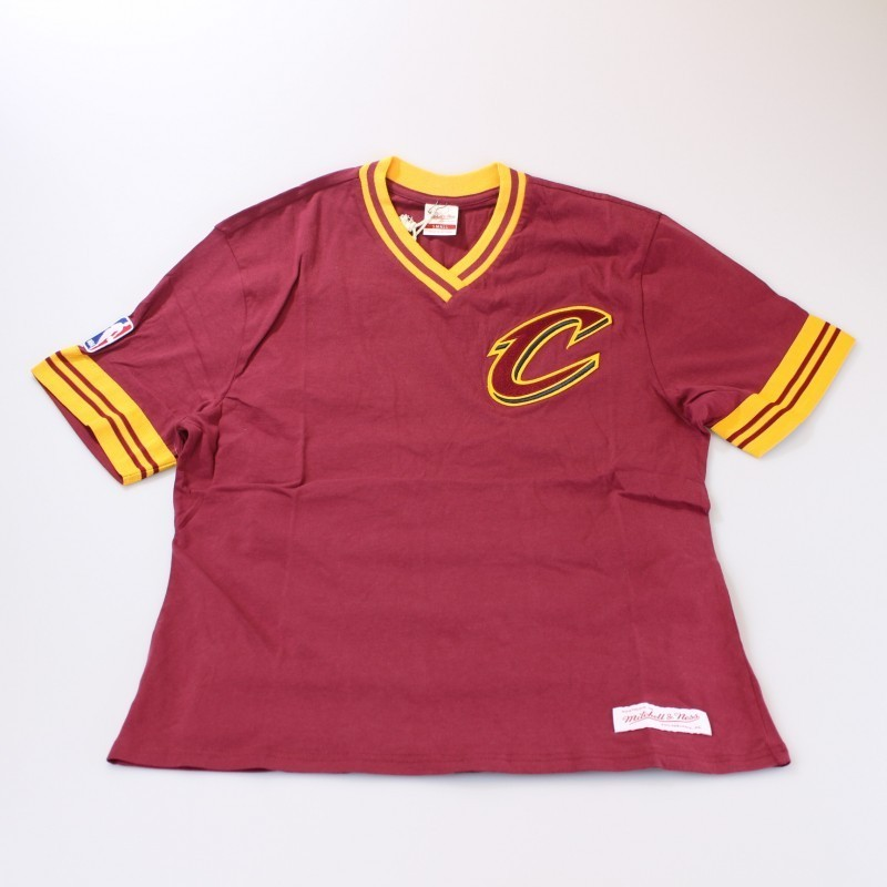 newest collection d81f5 c603f Cleveland Cavaliers Vintage T-Shirt