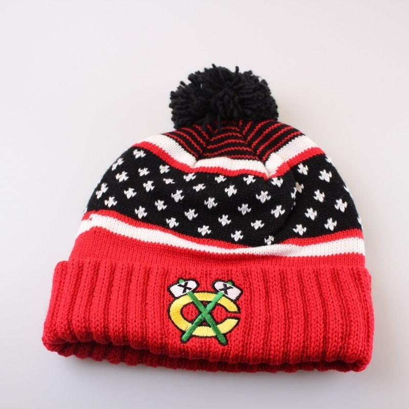 Chicago Blackhawks Bobble Beanie KW04Z