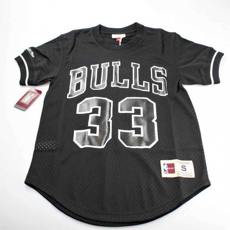 Chicago Bulls Mesh Crewneck