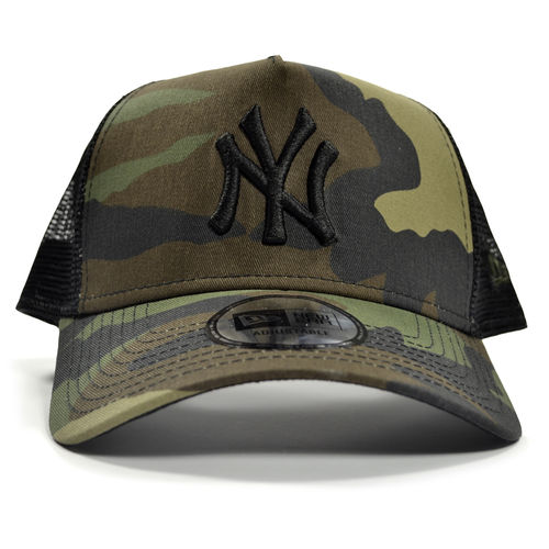New York Yankees Camo Trucker, New Era